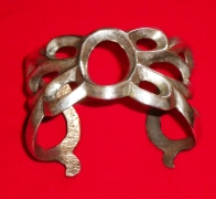 Heavy, cast silver bracelet – impossible to adjust. Courtesy of the author, private collection.